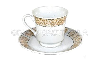 Foto de Plato y taza porcelana  decorada